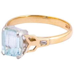 Art Deco Aqua and 9 Carat Gold Solitaire Ring