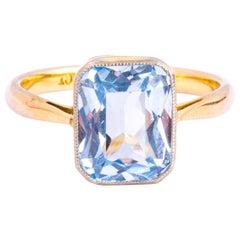 Art Deco Aqua and 9 Carat Gold Solitaire Ring