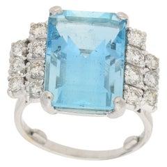 Art Deco Aquamarine and Diamond Cocktail Ring Set in 18 Karat White Gold
