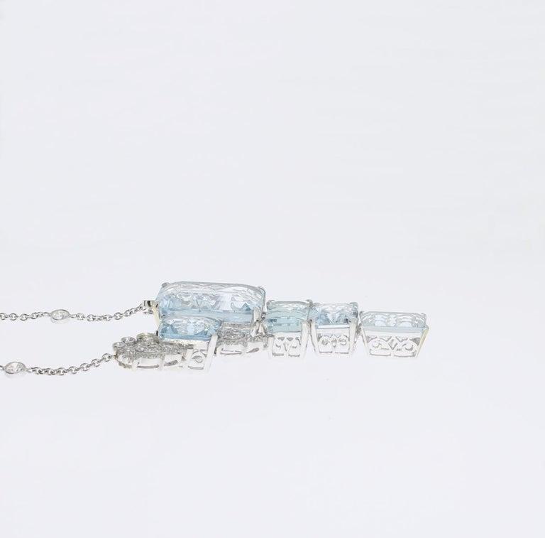 Art Deco Aquamarine Diamond Gold Pendant Necklace For Sale 1