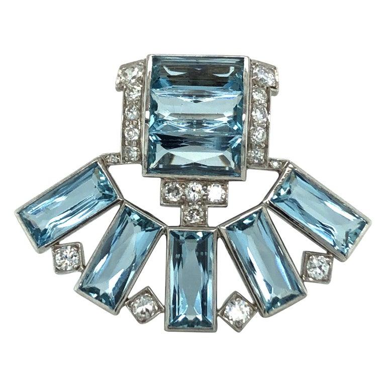 Art Déco Aquamarine Diamond Platinum Clip by Cartier For Sale