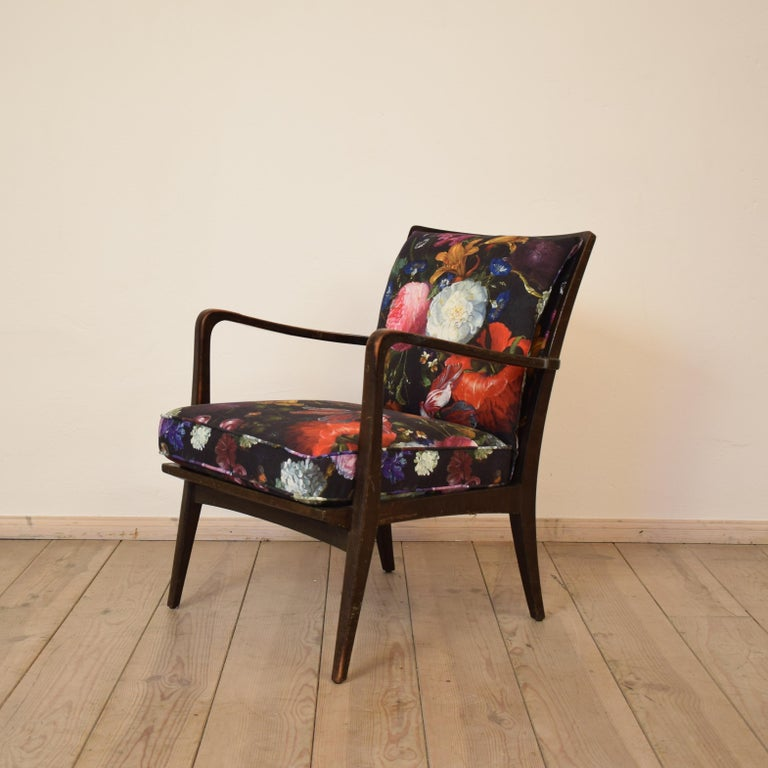 Art Deco Armchair by Knoll Antimott with Flower Upholstery, circa 1928 In Good Condition For Sale In Berlin, DE