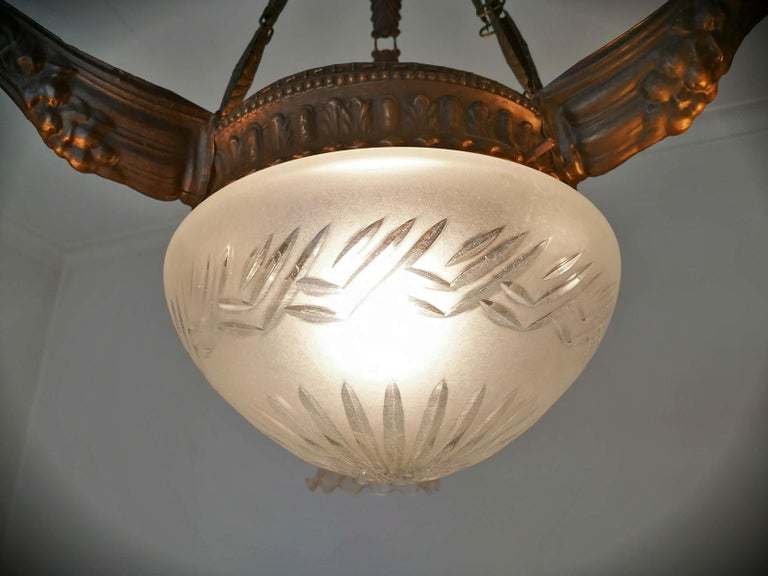 Art Deco & Art Nouveau in Degué Style Cut Glass 4-Light Chandelier, circa 1920 For Sale 4