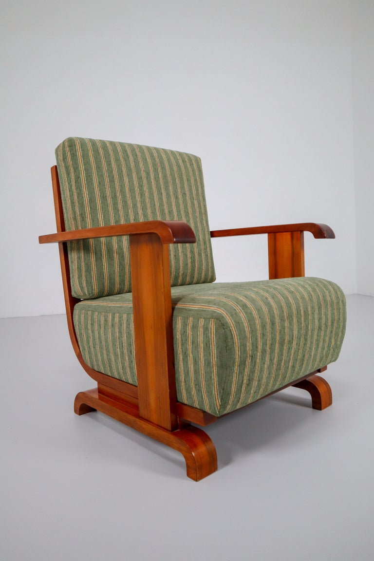 Art Deco Austrian Armchairs from Vienna in Walnut and Olive Green Velvet Blend In Good Condition For Sale In Almelo, NL