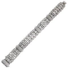 Important Art Deco 24.5 Carat Baguette Round Diamond Platinum Bracelet