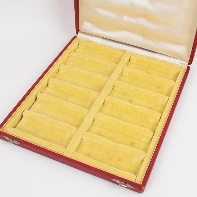 Art Deco Bakelite and Glass Chopstick Knife Rests, 12 Pieces in Box For Sale 8