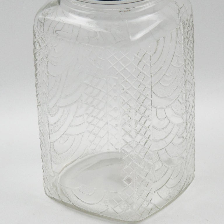 Art Deco Bakelite Molded Glass Kitchen Canister Jar, a pair In Excellent Condition In Atlanta, GA