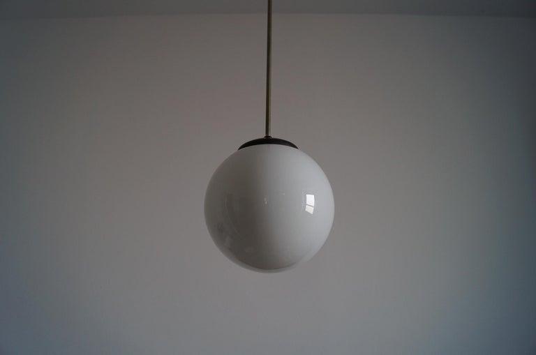 Art Deco Ball Lamp from 1940 In Good Condition For Sale In Kraków, Małopolska