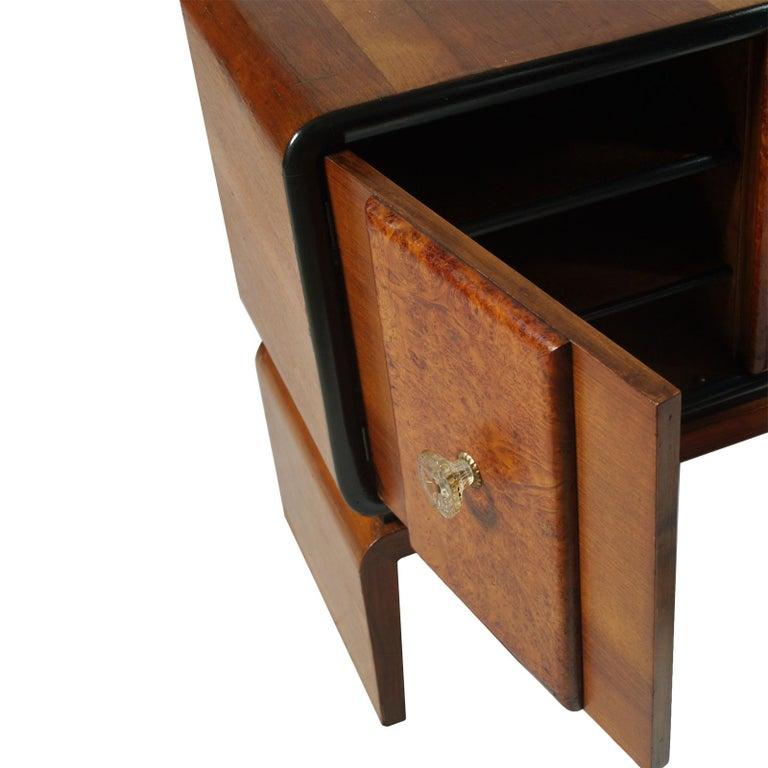 Art Deco Bar Cabinet in Burl Walnut, Guglielmo Urlich Attributed, circa 1930 For Sale 3