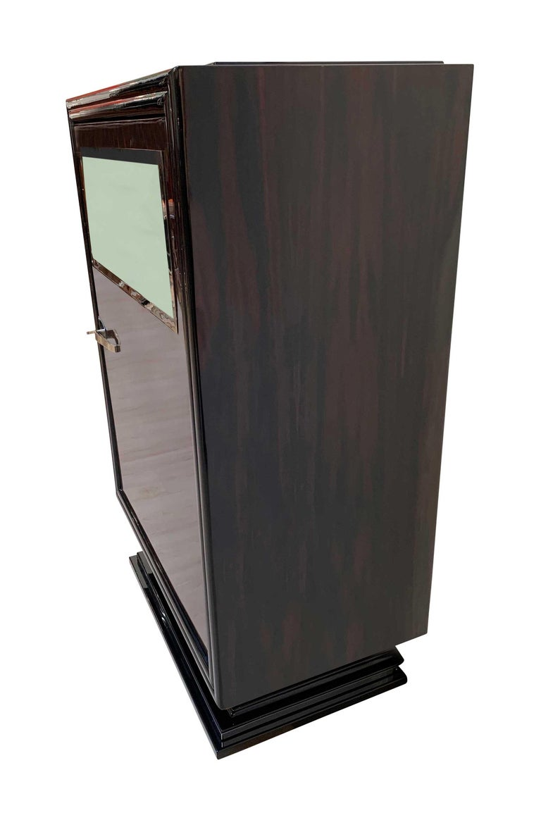 Metal Art Deco Bar Furniture, Macassar Veneer and Piano Lacquer, France, circa 1930 For Sale