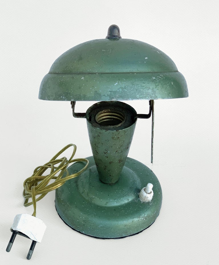 Art Deco Bedside Lamp, Attributable to Fog and Mørup 1930s, Lamp Table In Good Condition For Sale In Roma, IT