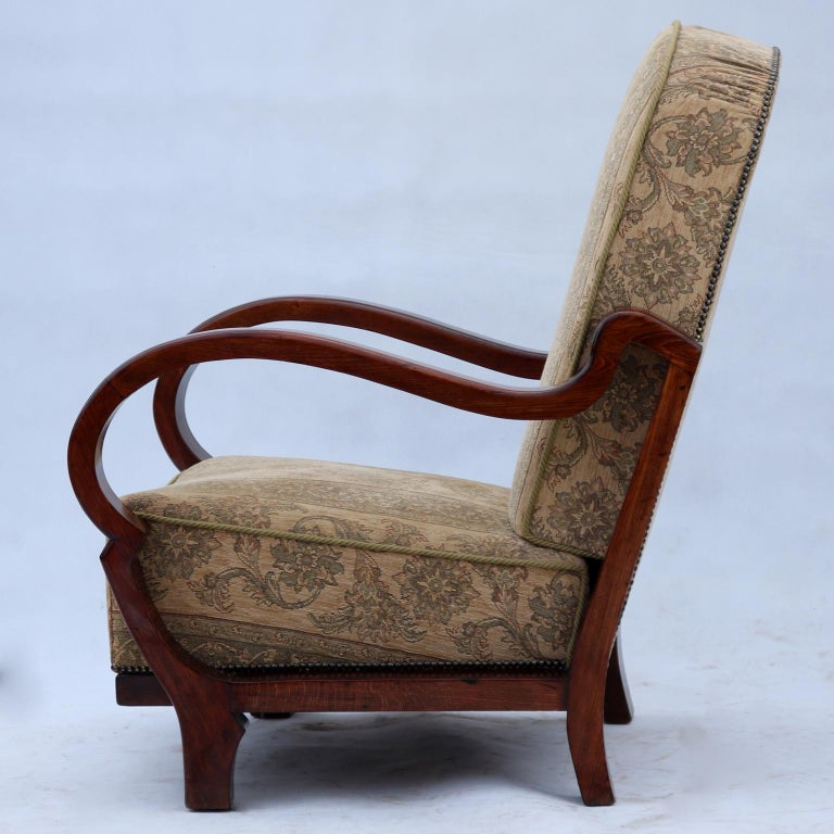 Art Deco Beechwood Armchair, circa 1930 In Good Condition For Sale In Lucenec, SK