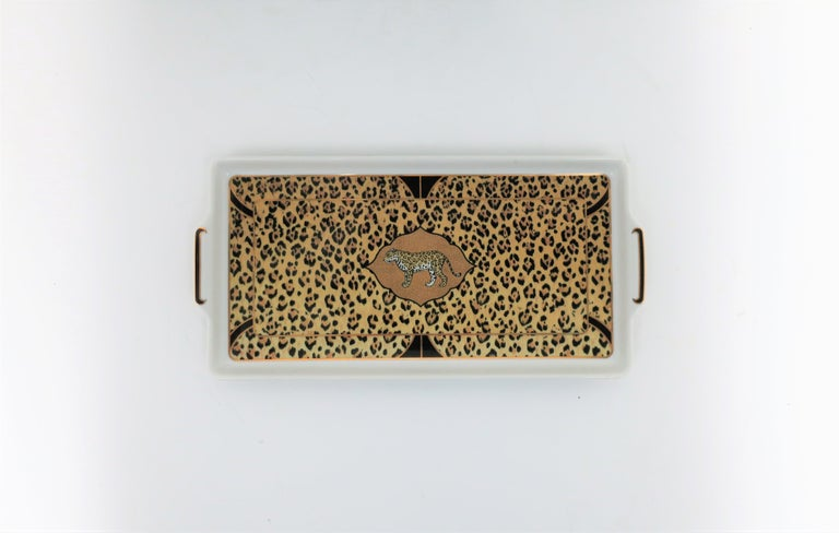 Art Deco Leopard Cat Porcelain Serving Tray in Black and Gold, ca. 1990s For Sale