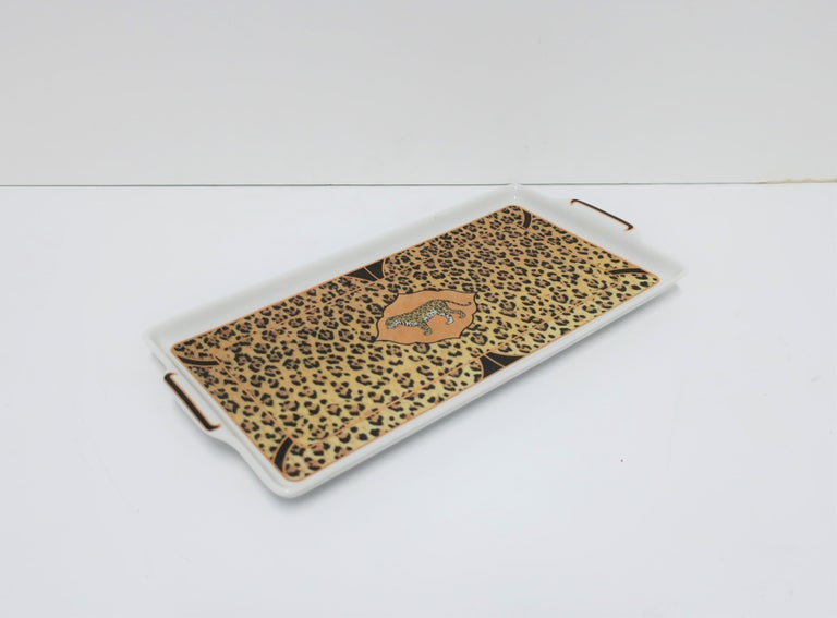 20th Century Leopard Cat Porcelain Serving Tray in Black and Gold, ca. 1990s For Sale