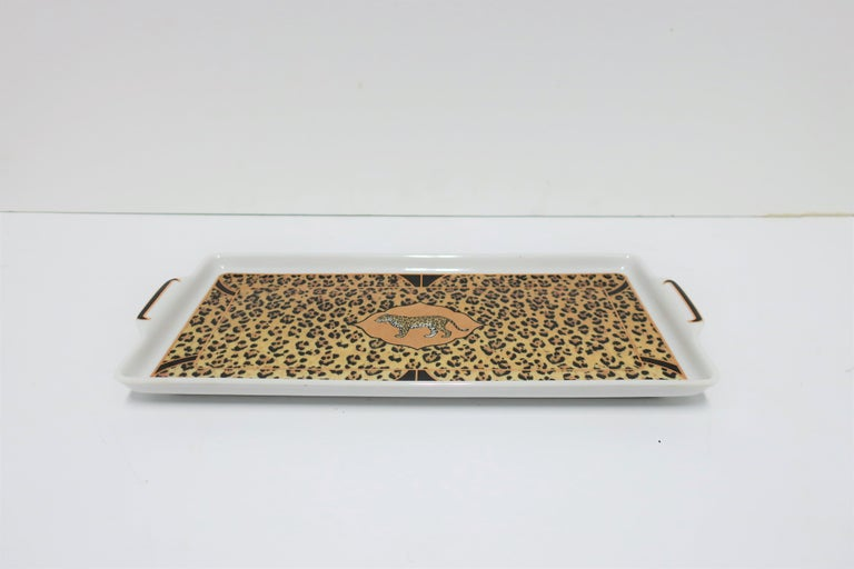Ceramic Leopard Cat Porcelain Serving Tray in Black and Gold, ca. 1990s For Sale