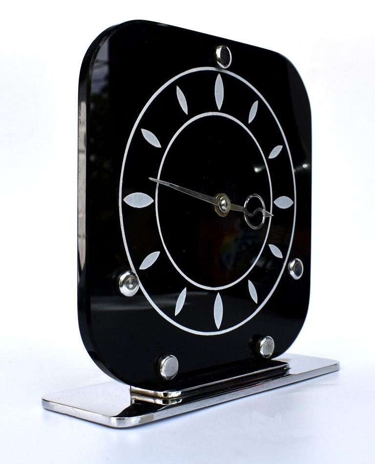 20th Century Art Deco Black Vitrolite & Chrome Mantle Clock, English, c1930 For Sale