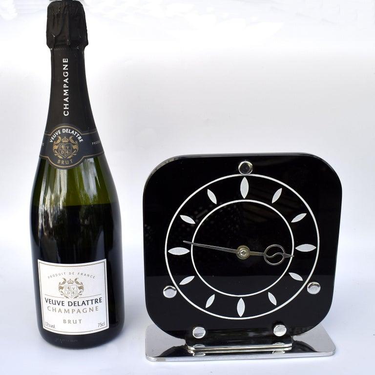 Art Deco Black Vitrolite & Chrome Mantle Clock, English, c1930 For Sale 4