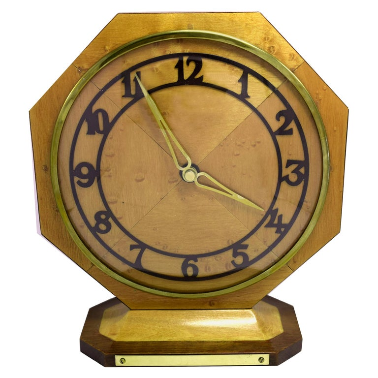 Art Deco Blonde Maple Mantle Clock, circa 1930s For Sale