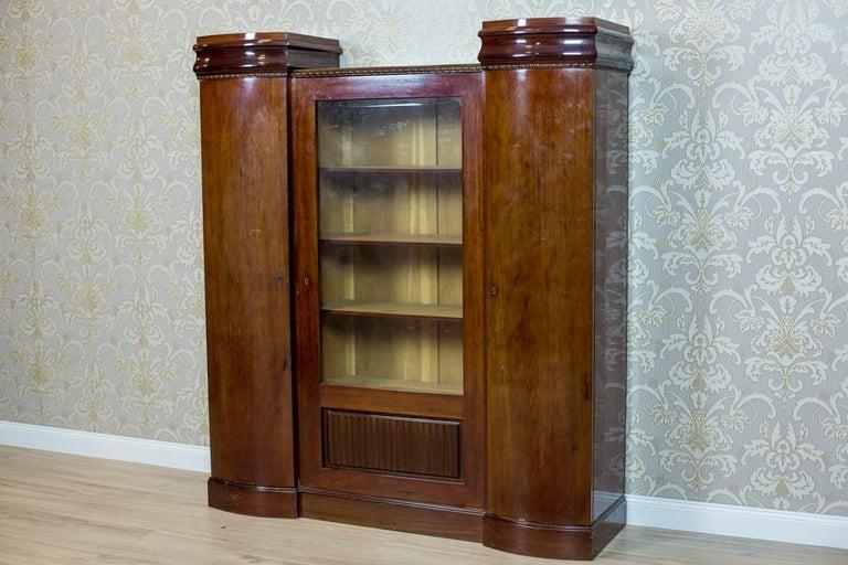 Art Deco Bookcase Veneered with Mahogany, circa 1920-1930 For Sale 3