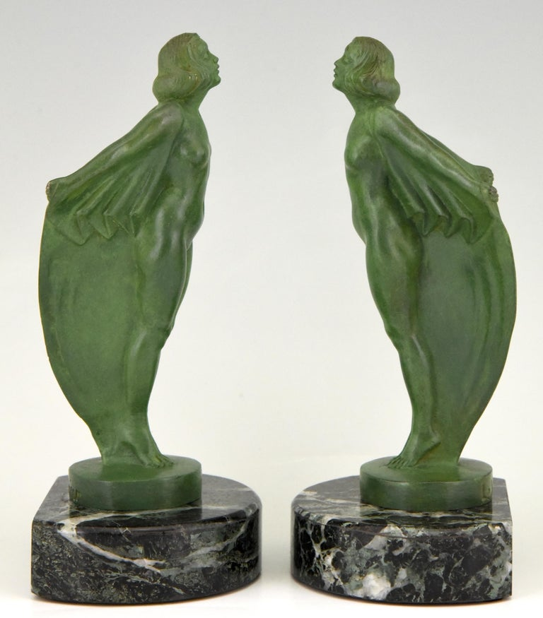 Art Deco Bookends Nude with Cape Max Le Verrier France, 1930 In Good Condition In Antwerp, BE