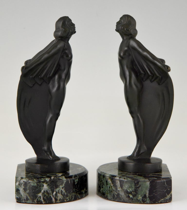 Art Deco Bookends Nude with Drape, Max Le Verrier, France, 1930 In Good Condition For Sale In Antwerp, BE
