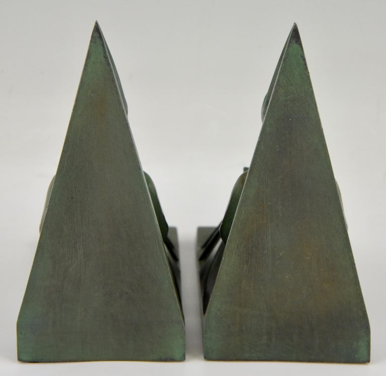 Art Deco Bookends Reading Medieval Ladies Max Le Verrier, France, 1930 In Good Condition For Sale In Antwerp, BE