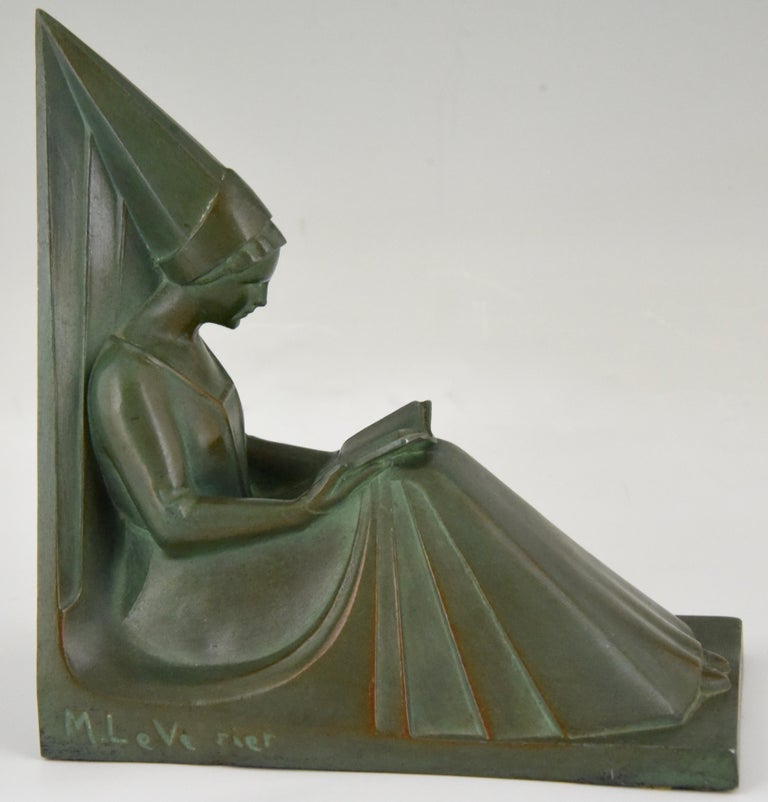20th Century Art Deco Bookends Reading Medieval Ladies Max Le Verrier, France, 1930 For Sale