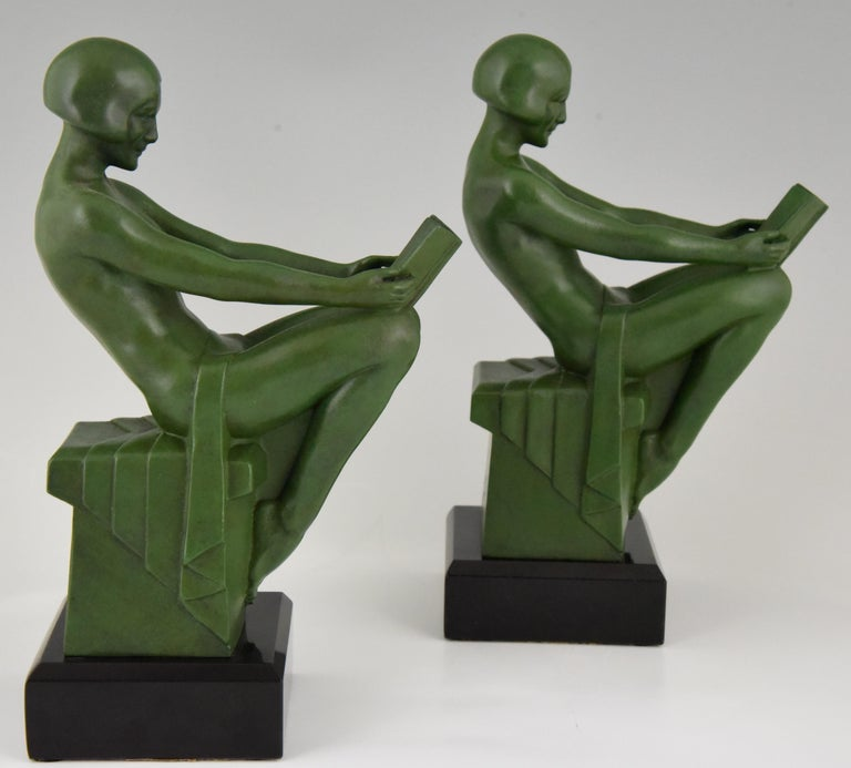 Art Deco Bookends Reading Nudes Max Le Verrier France 1930 Art Meal Green Patina For Sale 2