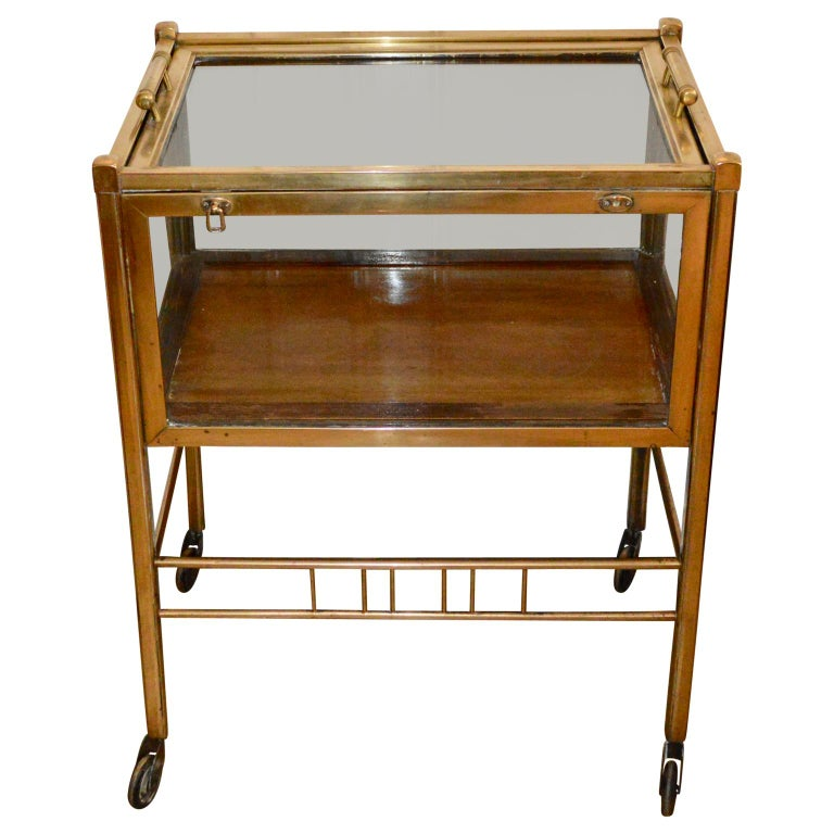 Art Deco Brass and Wood Bar Cart Trolley by Ernst Rockhausen, Germany, 1920s In Good Condition For Sale In Haddonfield, NJ