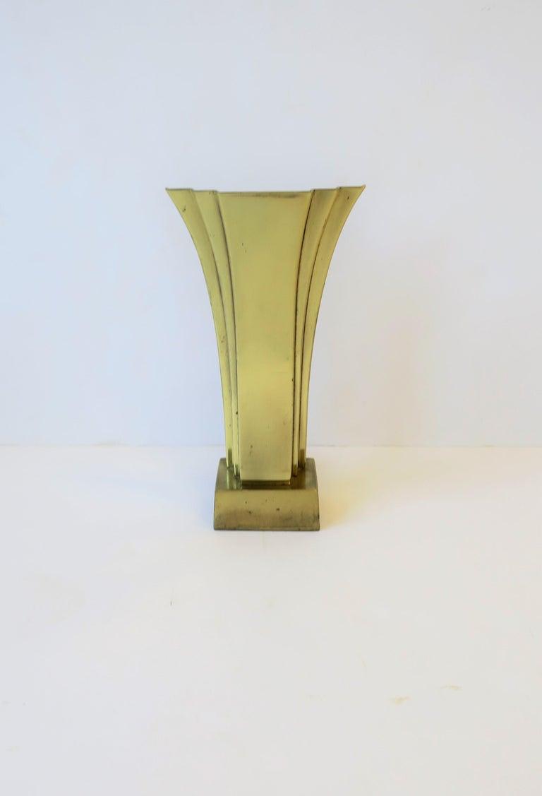 American Art Deco Brass Desk or Table Lamp, circa 1970s For Sale