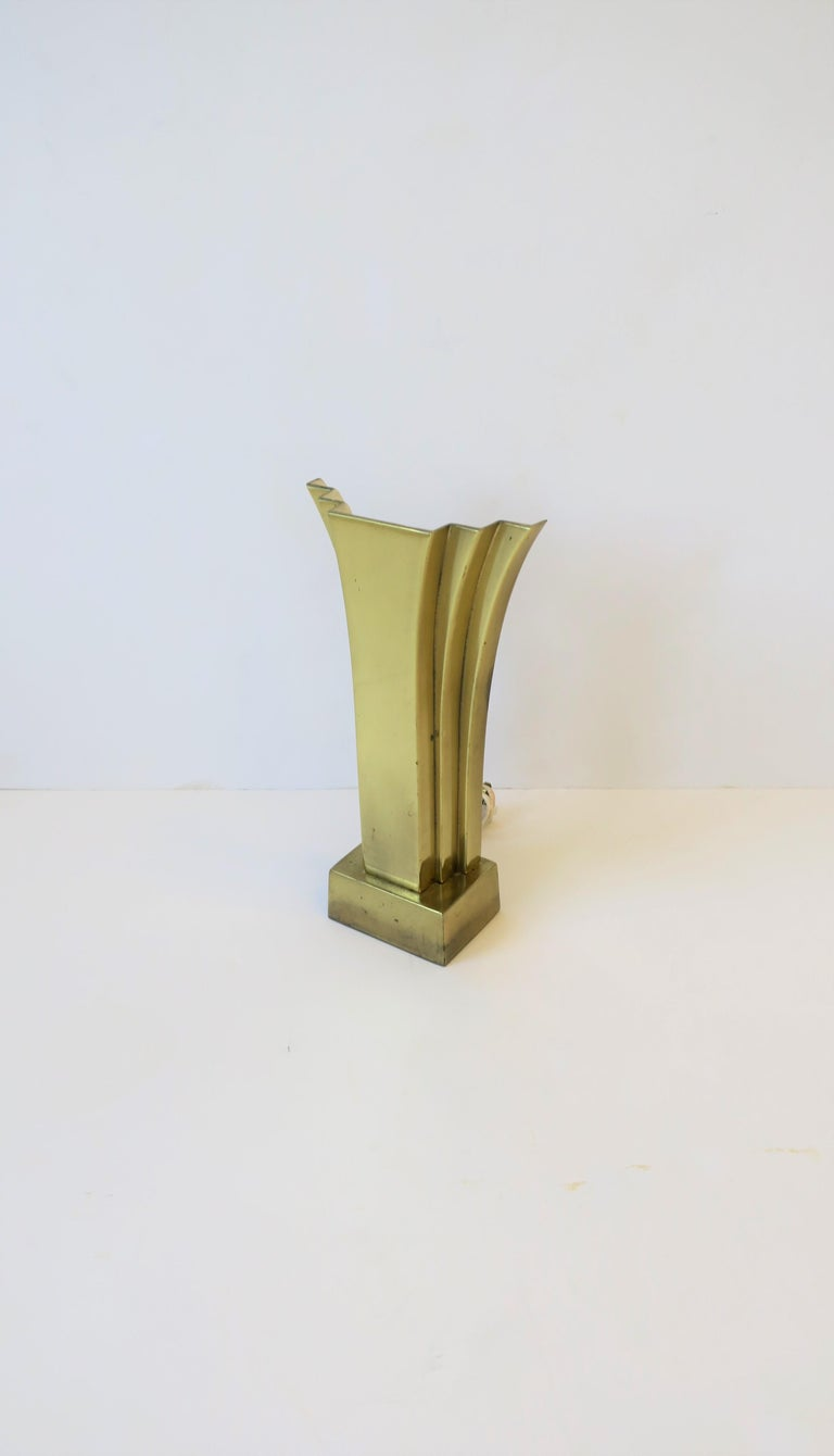 Art Deco Brass Desk or Table Lamp, circa 1970s In Good Condition For Sale In New York, NY