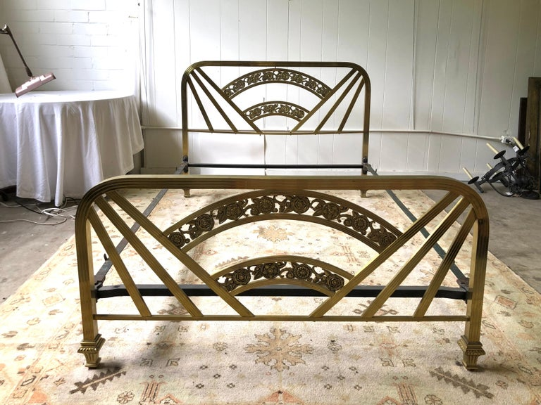 Art Deco Brass Full Size Bed Frame In Good Condition For Sale In Atlanta, GA
