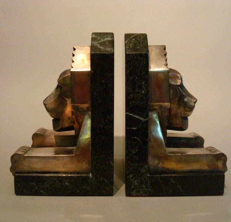 Art Deco Bronze and Marble Lion Bookends, Jacques Cartier, France, 1925 For Sale 4