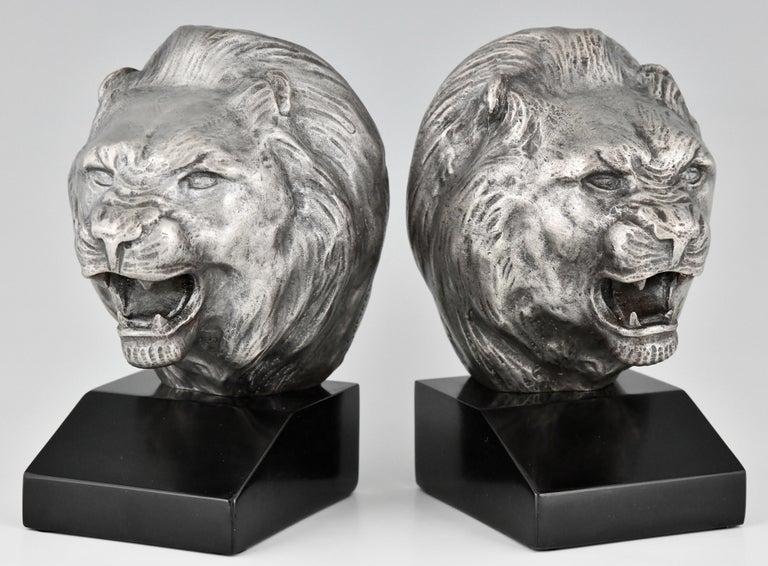 Patinated Art Deco Bronze Lion Bookends Georges Raoul Garreau, France, 1930 For Sale