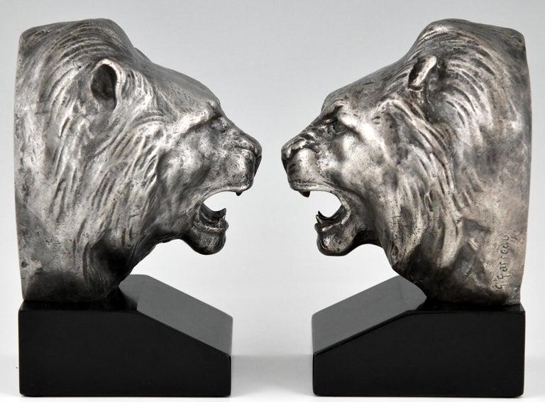 Mid-20th Century Art Deco Bronze Lion Bookends Georges Raoul Garreau, France, 1930 For Sale