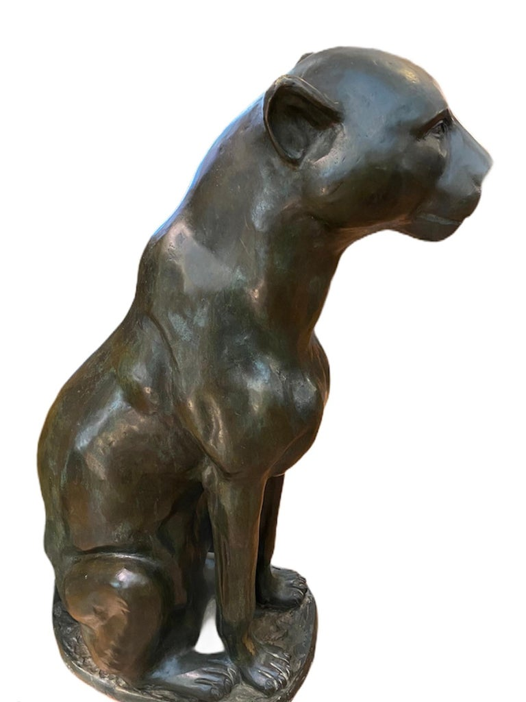 Art Deco bronze puma pair of statues. Ideal for the entrance of a villa or to be inserted between two rooms, high 100cm. Very Elegant and well made.