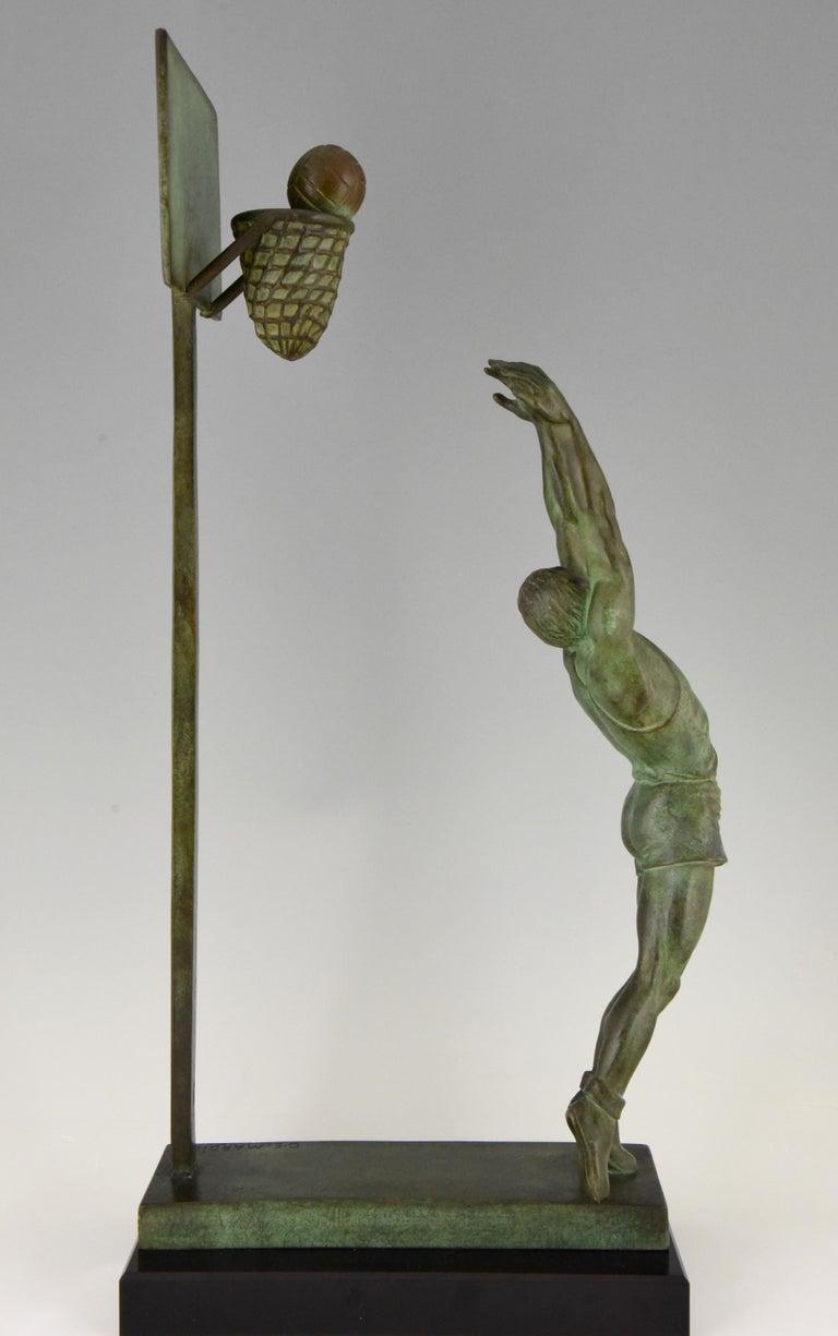 Art Deco Bronze Sculpture Basketball Player Reverse Dunk G. E. Mardini, France For Sale 1