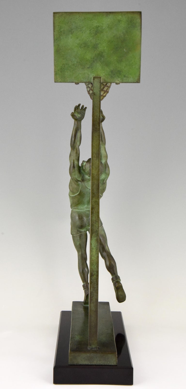 Art Deco Bronze Sculpture Basketball Player Reverse Dunk G. E. Mardini, France For Sale 3