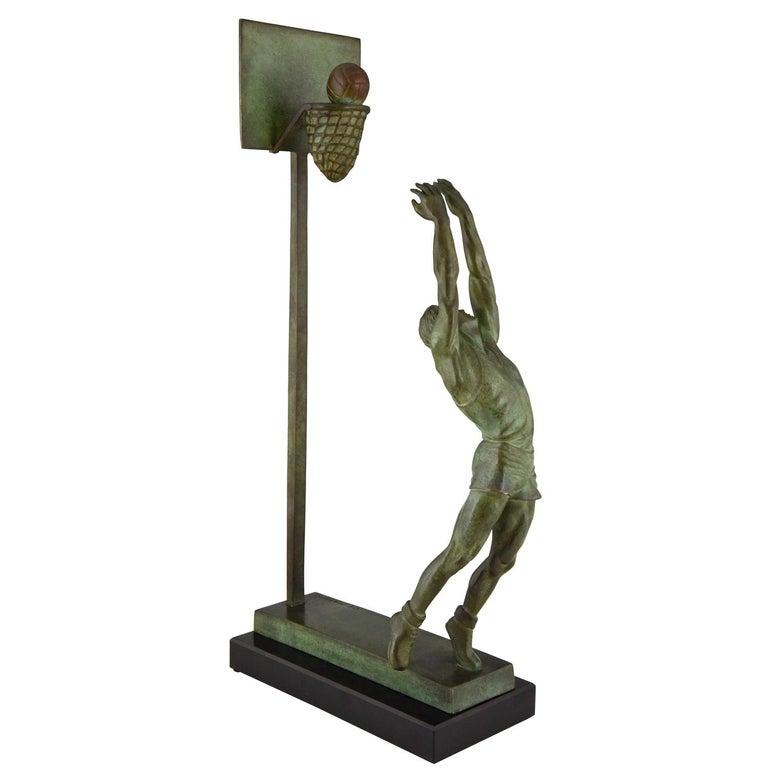 Art Deco Bronze Sculpture Basketball Player Reverse Dunk G. E. Mardini, France For Sale