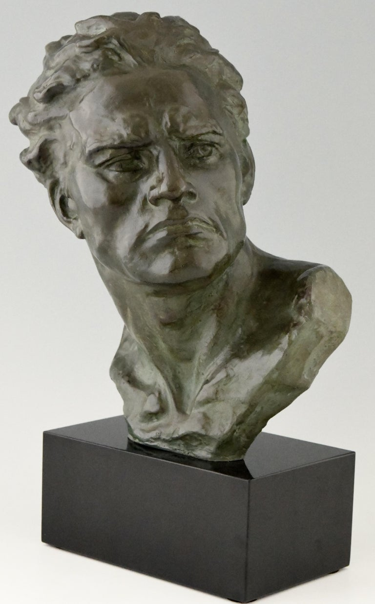 Patinated Art Deco Bronze Sculpture Male Bust Ugo Cipriani, France, 1930 For Sale