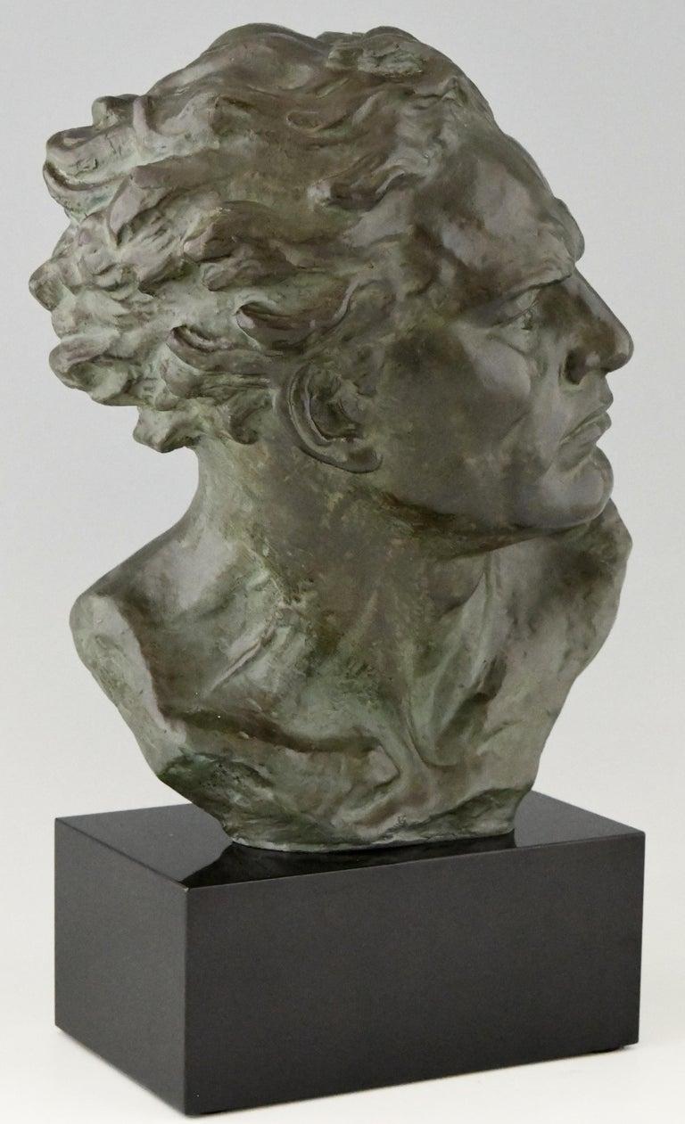 Art Deco Bronze Sculpture Male Bust Ugo Cipriani, France, 1930 For Sale 2