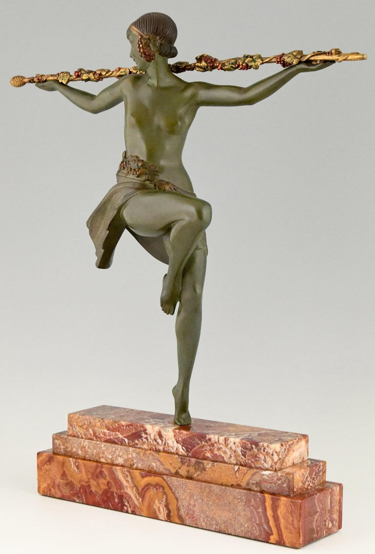 Art Deco Bronze Sculpture Nude Dancer with Thyrsus Pierre Le Faguays, 1930 For Sale 2