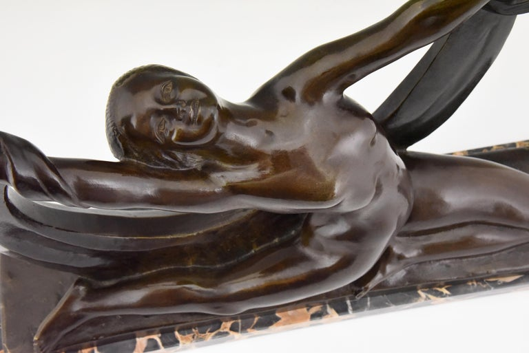 Art Deco Bronze Sculpture Nude Lady, Scarf Dancer by G. Ninin, France, 1925 For Sale 4