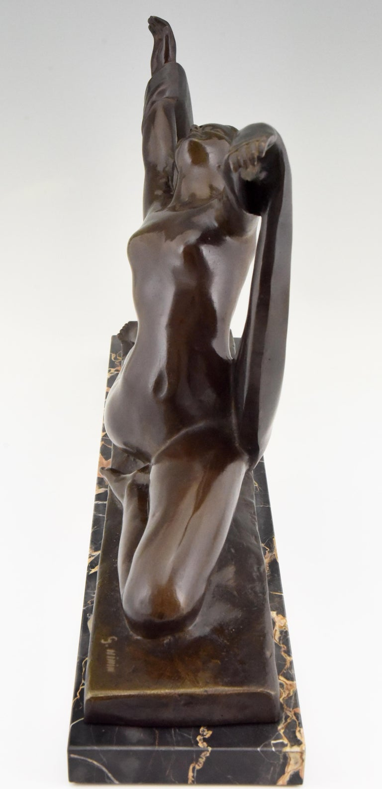 Patinated Art Deco Bronze Sculpture Nude Lady, Scarf Dancer by G. Ninin, France, 1925 For Sale