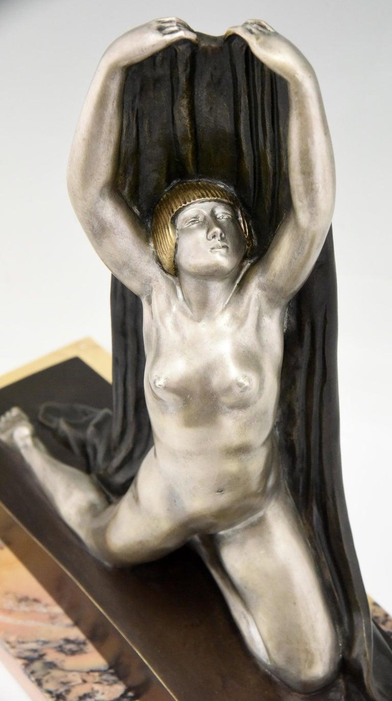 Art Deco Bronze Sculpture Nude with Drape F. Trinque, France, 1920 For Sale 4