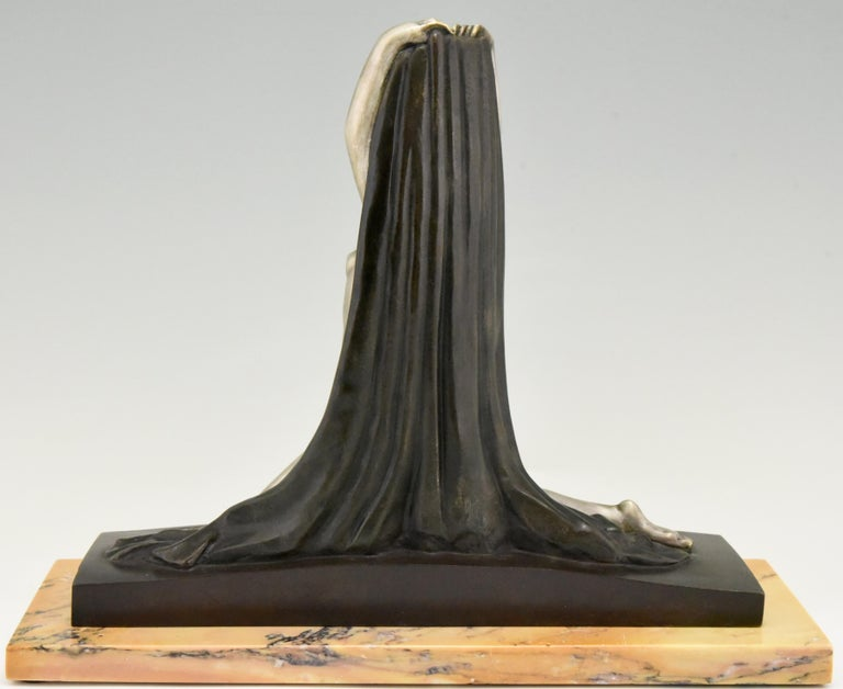 Early 20th Century Art Deco Bronze Sculpture Nude with Drape F. Trinque, France, 1920 For Sale