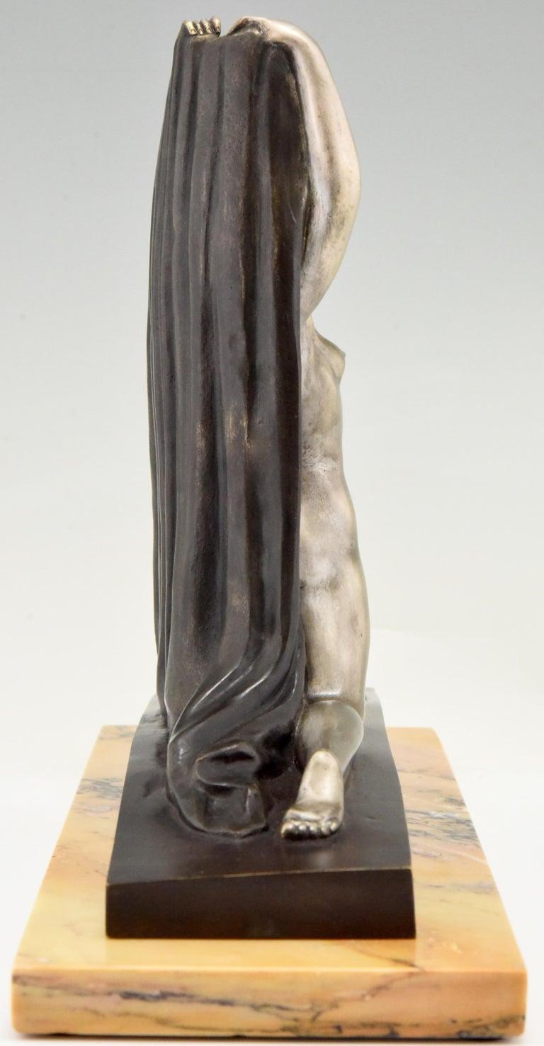 Art Deco Bronze Sculpture Nude with Drape F. Trinque, France, 1920 For Sale 1
