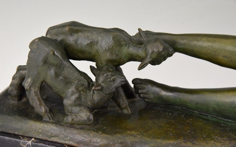 Art Deco Bronze Sculpture Reclining Nude with Goats Georges Gori, France, 1930 For Sale 4