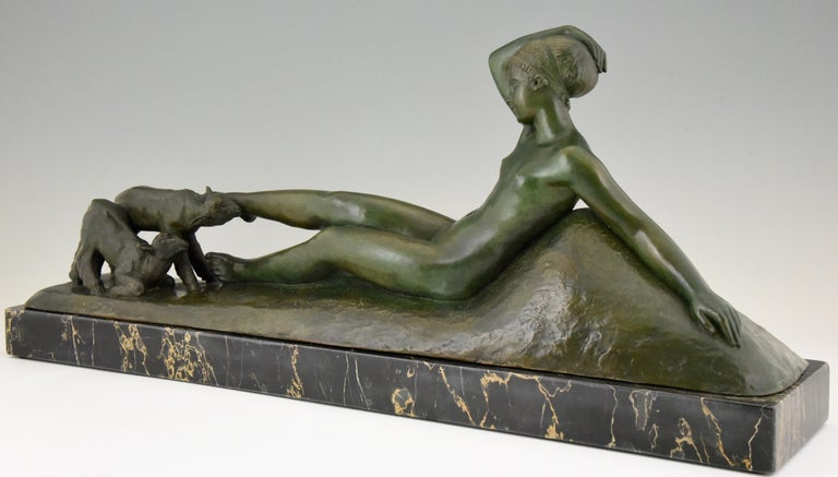 Art Deco Bronze Sculpture Reclining Nude with Goats Georges Gori, France, 1930 For Sale 2