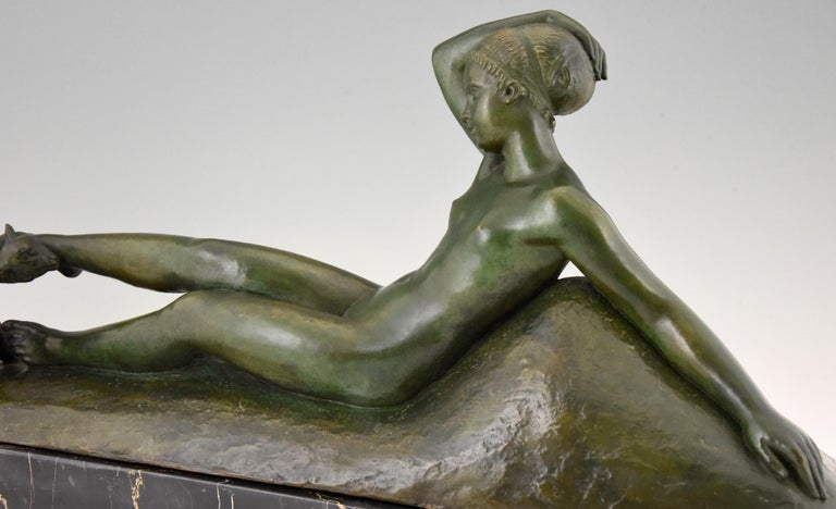 Art Deco Bronze Sculpture Reclining Nude with Goats Georges Gori, France, 1930 For Sale 3
